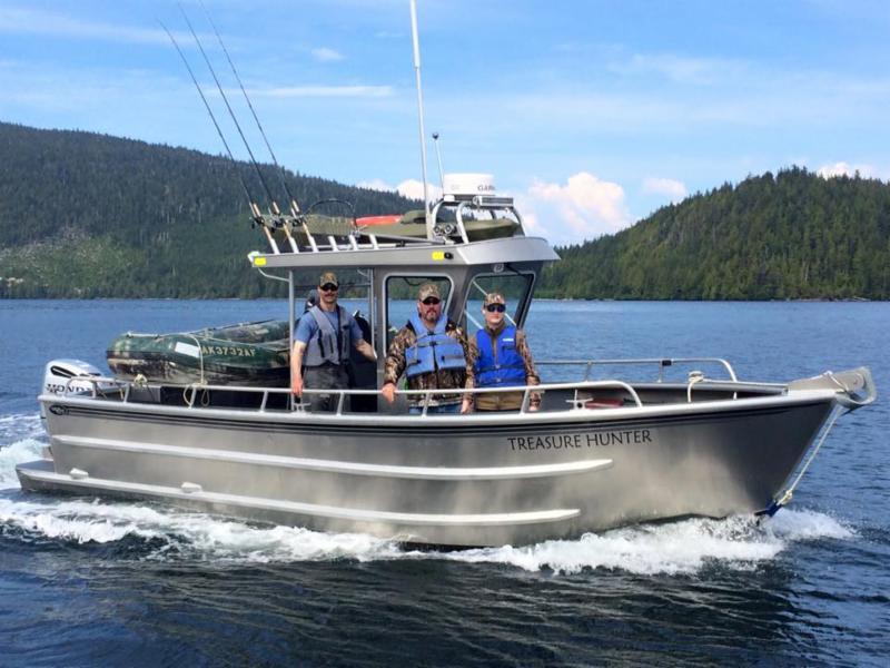 Fishing boats in klawock alaska for bear hunting trips for Alaska deep sea fishing